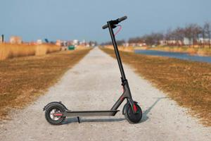 How to install Xiaomi M365 electric scooter firmware mod