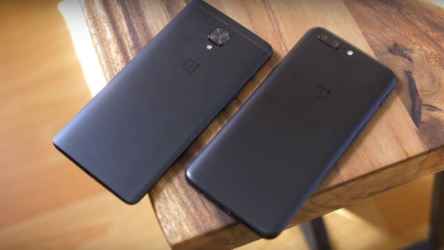 the back comparison of OnePlus 5 and OnePlus 3T