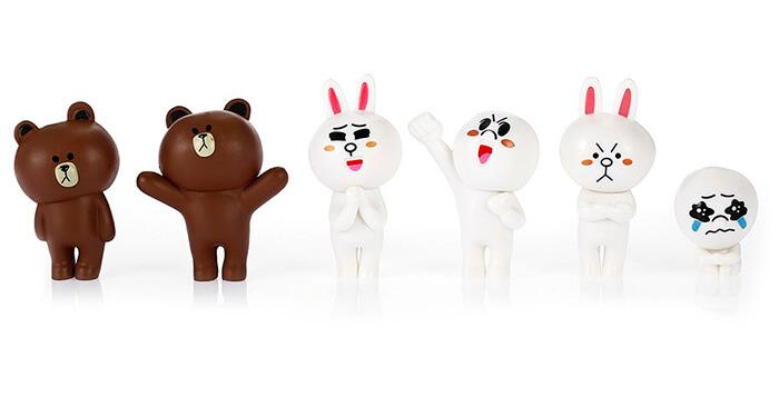 Creative Cartoon Bear and Rabbit Model