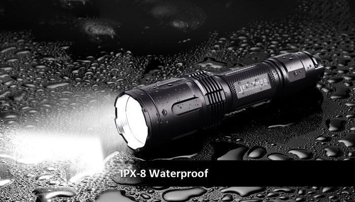 JETBeam TH20 CREE XHP70.2 flashlight