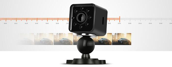 the loop recording function of Quelima SQ13 mini car DVR action camera