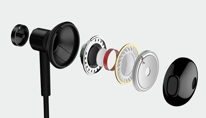The cable's noise cancellation mechanism of Xiaomi BRE02JY earbuds