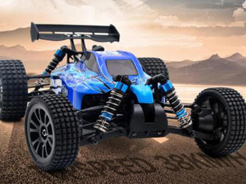 Be an RC God | Do I choose 2WD or 4WD? | GearBest Blog